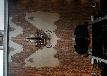 Pach bouw bv muur, pach bouw bv, stone wall, brick wall in kitchen, stenen muur, bakstenen muur